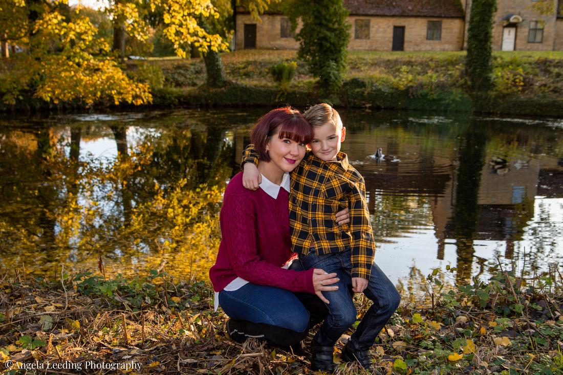 family-photos-location-park-lake-home-portrait-021