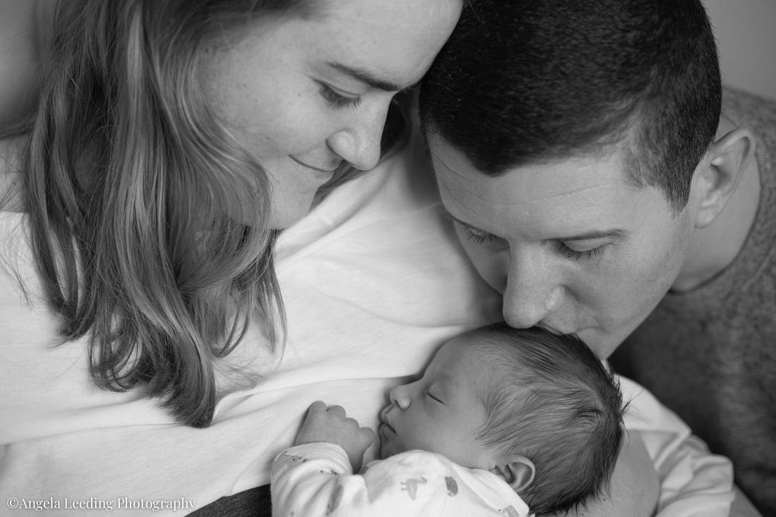 Newborn-Baby-Home-Photography-Natural-005